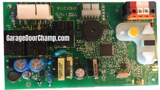 Garage Door Opener - Circuit Board
